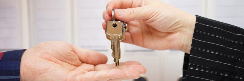 L'offre d'achat immobilier au prix de l'annonce : quelles implications pour le vendeur ?