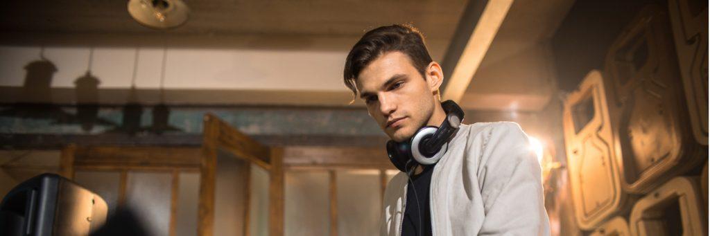 Contrat de prestation DJ : contenu, mentions et modèle gratuit